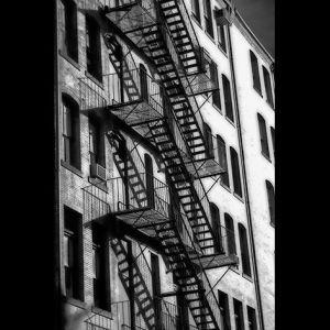 AluArt Mondiart Typical New York Facade Fire