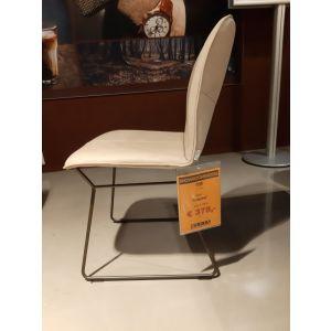 400102080_stoel_lupine.jpg