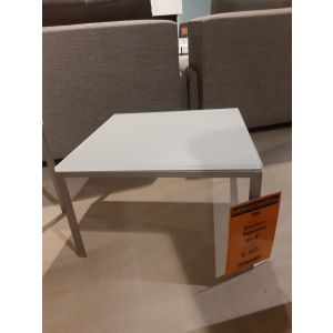 790602075_H4_showroommodel.jpg
